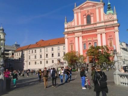 Slnečná Ľubľana Slovinsko v októbri 2019